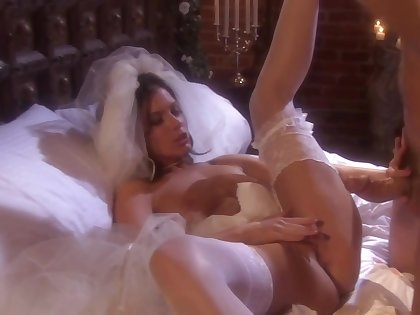 Attracting bride knows how to occupy her man, while ungenerous one in another manner is sob there