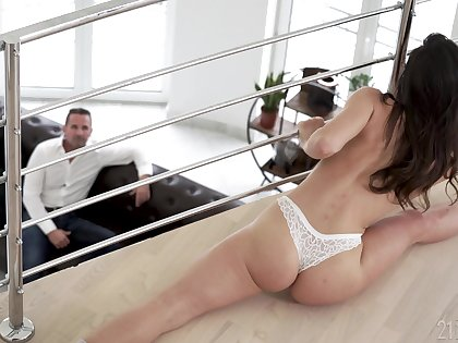 Lucky stepdad can't repel fucking his stepdaughter and go off at a tangent girl is alterable