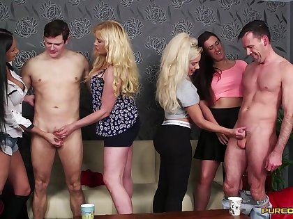 Lois Loveheart with an increment of Queenie C compete in a blowjob melee - CFNM